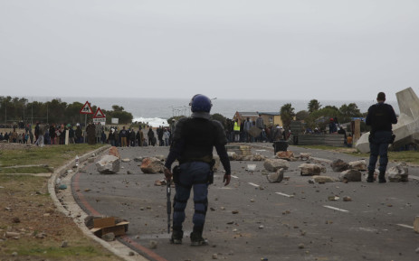 FILE: Violent protests take place in Hermanus on 12 July 2018.  Picture: Cindy Archillies/EWN