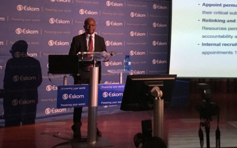 Eskom CEO Phakamani Hadebe briefs the media on 16 November 2018 on the state of its coal supply and the possibility of load shedding. Picture: Kgomotso Modise/EWN