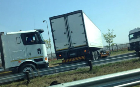 A truck blocking the R24 towards OR Tambo International Airport. Picture: Twitter.