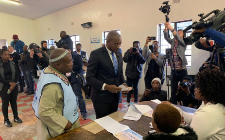 DA leader Mmusi Maimane at a voting station in Dobsonville, Soweto, to cast his ballot in the 2019 general elections. Picture: Christa Eybers/EWN