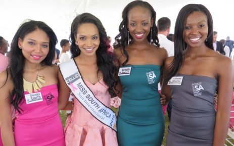 Miss South Africa Liesl Laurie and three of this year's contestants. Picture: Louise McAuliffe/EWN.