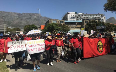 FILE: City of Cape Town firefighters on 26 September 2019 protest in the CBD to demand overtime pay. Picture: Kaylynn Palm/Eyewitness News