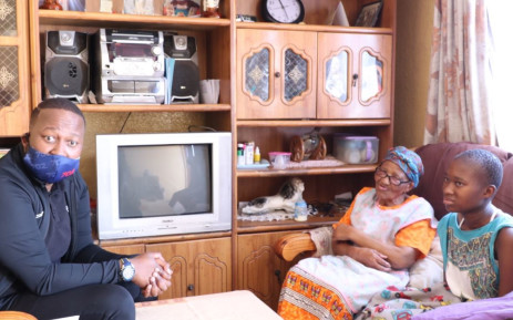 702 visited amputee mom Nomonde and her grandmother in Soweto. Picture: 702