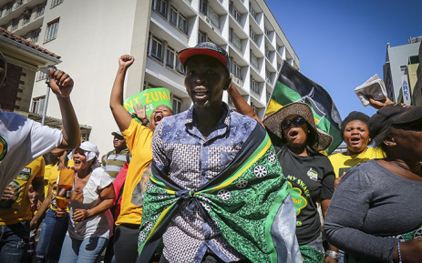 FILE: Hundreds of Ses'khona Peoples Rights Movement supporters clashed with police in the streets of Cape Town ahead of President Jacob Zuma's 2016 State of the Nation address. Picture: Thomas Holder/EWN