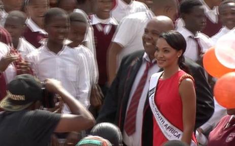 Miss SA Liesl Laurie visits her old school of  Silveroaks Secondary School in Eldorado Park, Johannesburg.