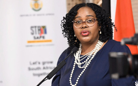 Kubayi-Ngubane: Too risky to open SA to tourists from high-risk countries, Newsline