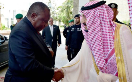 FILE: Minister Jeff Radebe today signed a R12 billion deal with Saudi Arabian power companies who are investing in renewable energy. Pictured is President Cyril Ramaphosa with Saudi King Salman bin Abdulaziz Al-Saud. Picture: Qaanitah Hunter/EWN