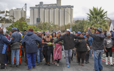 FILE: Residents of Caledon march to the town's municipal offices to hand over a memorandum of grievances on 4 April 2019. Picture: Cindy Archillies/EWN.