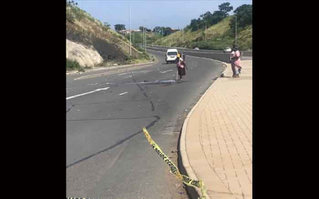 FILE: Angry Newlands east residents blocked the Dumisani Makhaye highway on 6 March 2019 in KwaMashu following a deadly taxi accident that claimed the lives of three teenagers. Picture: Ziyanda Ngcobo/EWN.