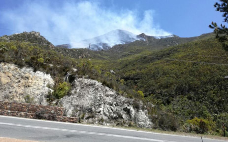 Firefighters are currently battling three wildfires in the Eden District in the Western Cape. Picture: Twitter/@wo_fire
