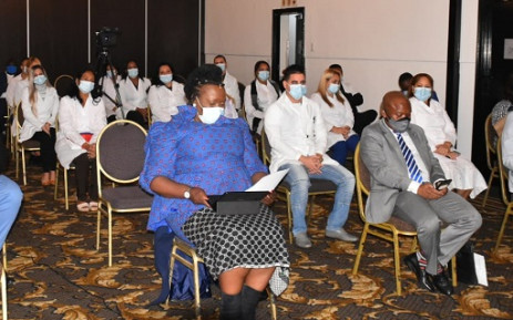KZN Health MEC Nomagugu Simelane-Zulu (L) and Premier Sihle Zikalala (R) on 21 May 2020 welcomed the arrival of 28 Cuban doctors to assist with the province's COVID-19 response. Picture: @kzngov/Twitter