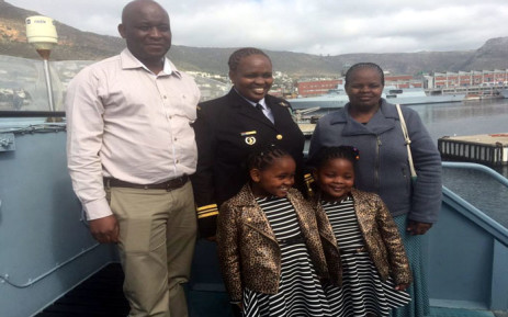 FILE: Zimasa Mabela stands with her husband, Ivan, their two children and her mother at the ceremony in Simon's Town on 26 August 2015. Picture Monique Mortlock/EWN
