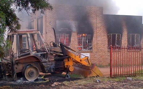 A municipal building and satellite police station torched by angry protesters in Bronkhorstspruit. Picture: Neville Malila/SAPS.