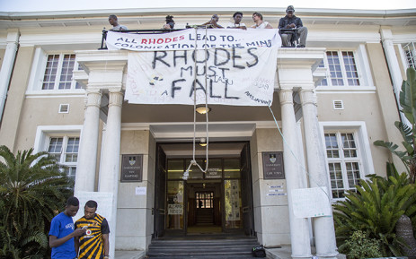 A splinter group of UCT students have decided to remain in the Bremner Building, UCT's administration offices, protesting an evictions order until their demands have been met. Picture: Thomas Holder/EWN
