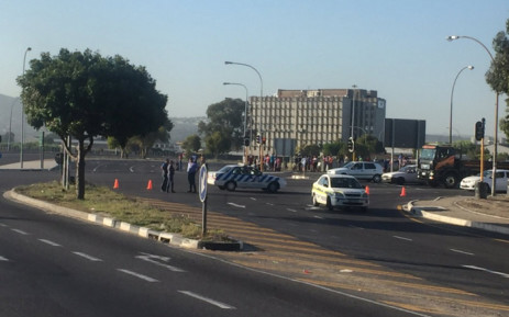 Section of Robert Sobukwe Rd closed between UWC and CPUT campuses, following student protest at UWC. Picture: Kevin Brandt/EWN.