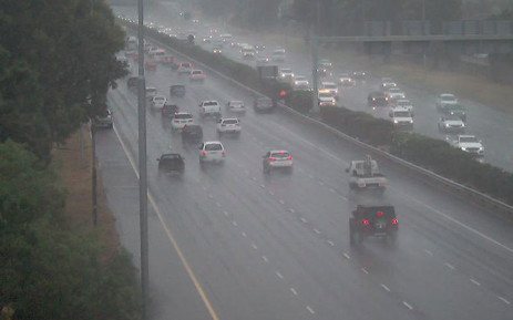 FILE: Traffic seen in Cape Town amid rainy weather. Picture: @CapeTownFreeway.