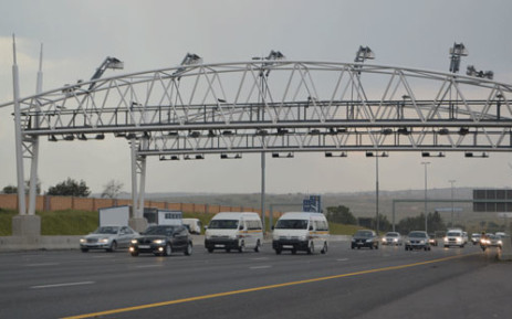 Cabinet has welcomed Zuma's signing of the e-toll law and isn't concerned the public will rebel. Picture: Lesego Ngobeni/EWN
