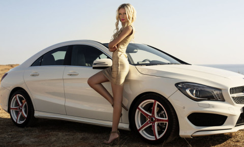 Attractive glamourous rich wealthy woman mercedes benz 123rf 123rfbusiness