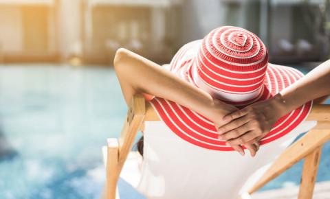 hotel-holiday-vacation-leisure-travel-tourism-hospitality-accommodation-123rf