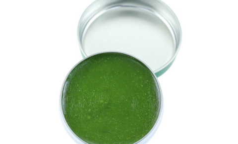 medicated-green-balm-in-a-tin-ointmentjpg