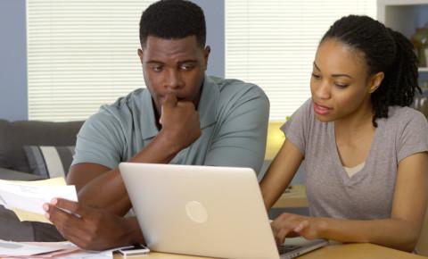 household-bills-debt-expenses-money-finances-black-young-couple-worried-123rf