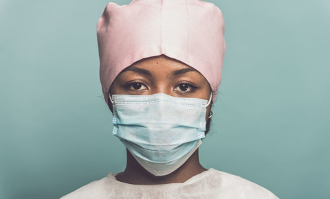 Nurse wearing surgical mask Africa Covid-19 123rf