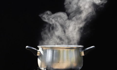 pot-steam-cooking-food-meal-preparation-kitchen-123rf