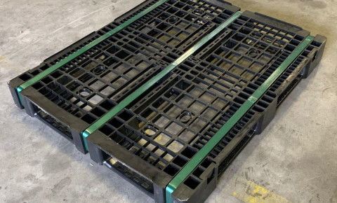 black-storage-pallet-made-from-woolies-reusable-bagspng