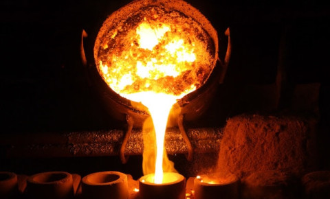 molten-metal-being-poured-for-castingjpg