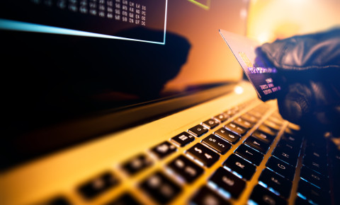 Card fraud scam bank credit fraudster scamwatch 123rf