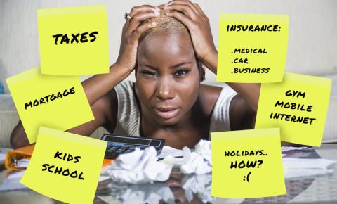 Woman female personal finance money finances 123rfbusiness 123rf 123rflifestyle