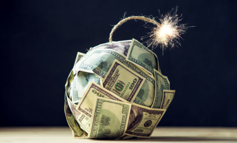 Time bomb made of dollars money risk personal finance 123rf 123rfbusiness