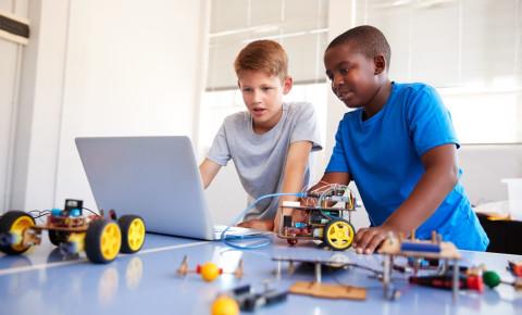 children-boys-coding-programming-computerjpg