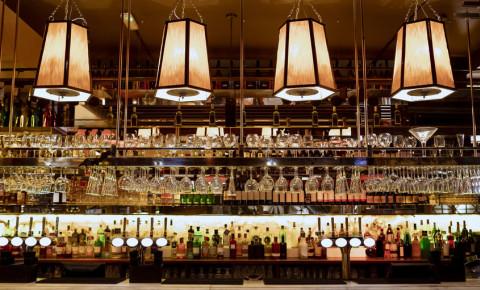 bar-restaurant-hospitality-sector-drinks-alcohol-tourism-sectory-123rf