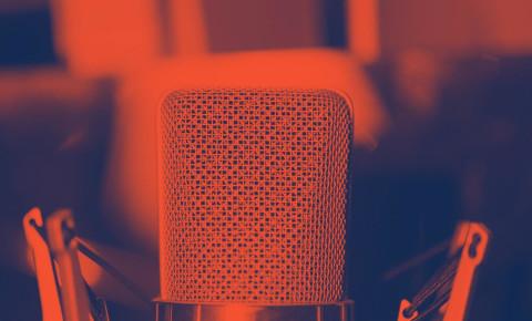 Studio microphone mike 1500 x 1000 123rf Broadcasting