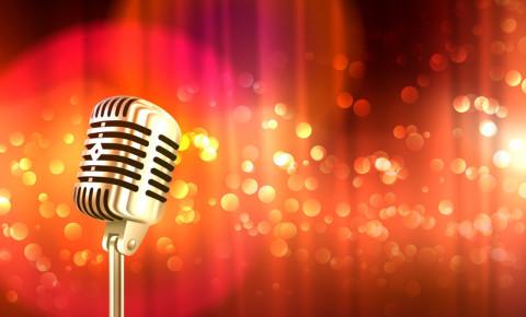 Old fashioned retro big metallic microphone 123rfentertainment 123rf