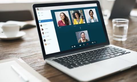 virtual-meetings-group-chat-friends-zoom-skype-online-lockdown-connection-123rf