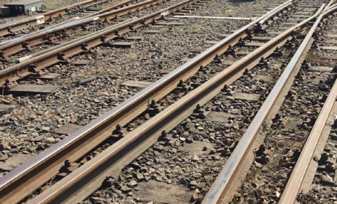 190816 railway rails train tracks