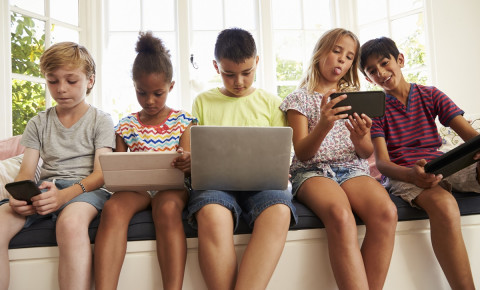 Children technology laptop tablet cellphone 123rfparenting 123rflifestyle 123rf