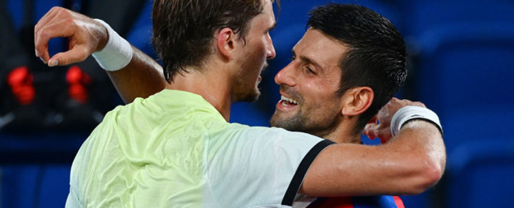 Alexander Zverev and Novak Djokovic after their Olympic semifinal match on 30 July 2021. Zverev won 1-6, 6-3, 6-1. Picture: @atptour/Twitter