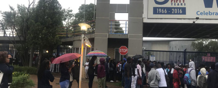 Students at the Vaal University of Technology (VUT) block the main entrance of the institution in protest over a number of issues on 11 February 2019. Picture: Thando Kubheka/EWN