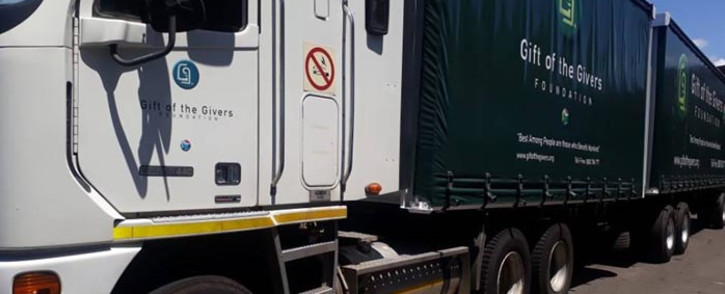 FILE: Gift of the Givers will be delivering about 150,000 litres of bottled water to the residents of Makhanda in Grahamstown. Picture: @GiftoftheGivers/Facebook.com.