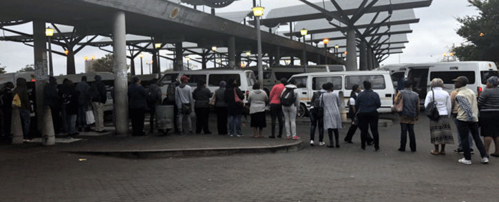 FILE: Commuters queue at the Bellville taxi rank on day one of the bus drivers' strike on 18 April 2018. Picture: Graig-Lee Smith/EWN