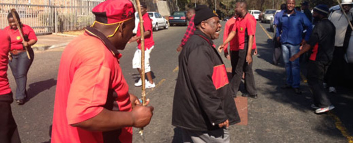Samwu members gather at the South African Local Government Association's offices in Braamfontein during a protest march over wage increases on 19 August 2011. Picture: Tshepo Lesole/EWN