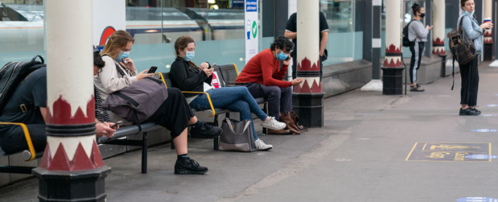 FILE: People wearing masks on in London. Picture: 123rf.com