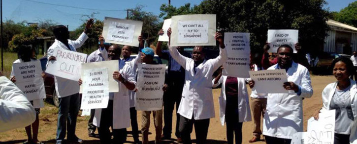 Zimbabwean doctors participate in a strike over for better wages. Picture: @ZHDAofficial/Twitter