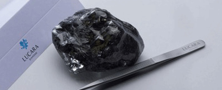 Lucara recovers record 1,758 carat diamond from Karowe on. Picture: lucaradiamond.com