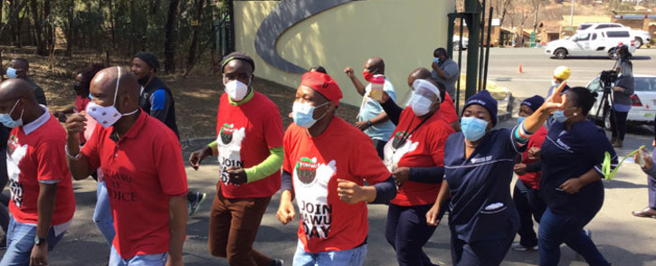 Nehawu members protest outside the National Health Laboratory Services (NHLS) on 21 August 2020. Picture: Nehawu/Facebook