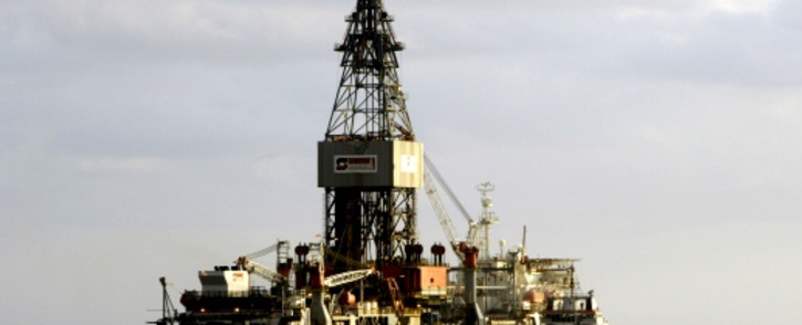 FILE: An oil platform of the US Pride company situated off the Angolan coast. Picture: AFP.