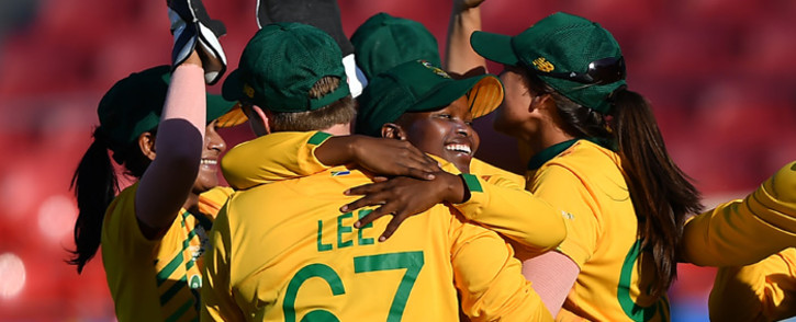 South Africa's players celebrate after their victory against Pakistan during the Twenty20 women's World Cup cricket match between South Africa and Pakistan in Sydney on 1 March 2020. Picture: AFP.